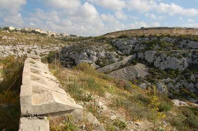 valleys Wied il Faham Gharghur naxxar maltese victoria lines