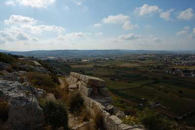 views along maltas victoria lines path Gharghur naxxar gap