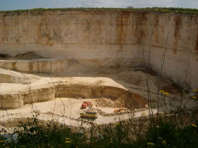 Victoria Lines Malta malta walking hiking trekking route maltese path guide limestone quarry quarries