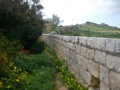 Victoria Lines Malta walking_route_falka_gap walking hiking trekking route maltese path guide